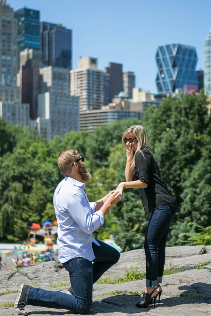 Marriage Proposal on The rock, Central Park. Photographer - Vlad Leto